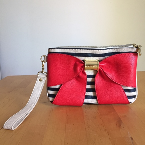Betsey Johnson Handbags - Betsey Johnson Ribbon Clutch